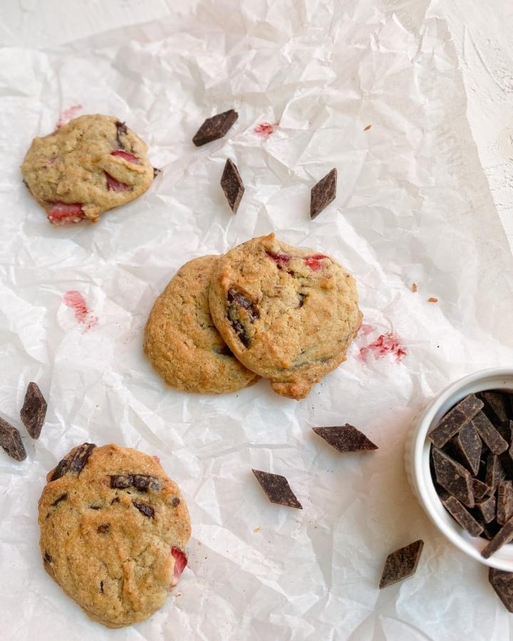 Strawberry Chocolate ChipCookies