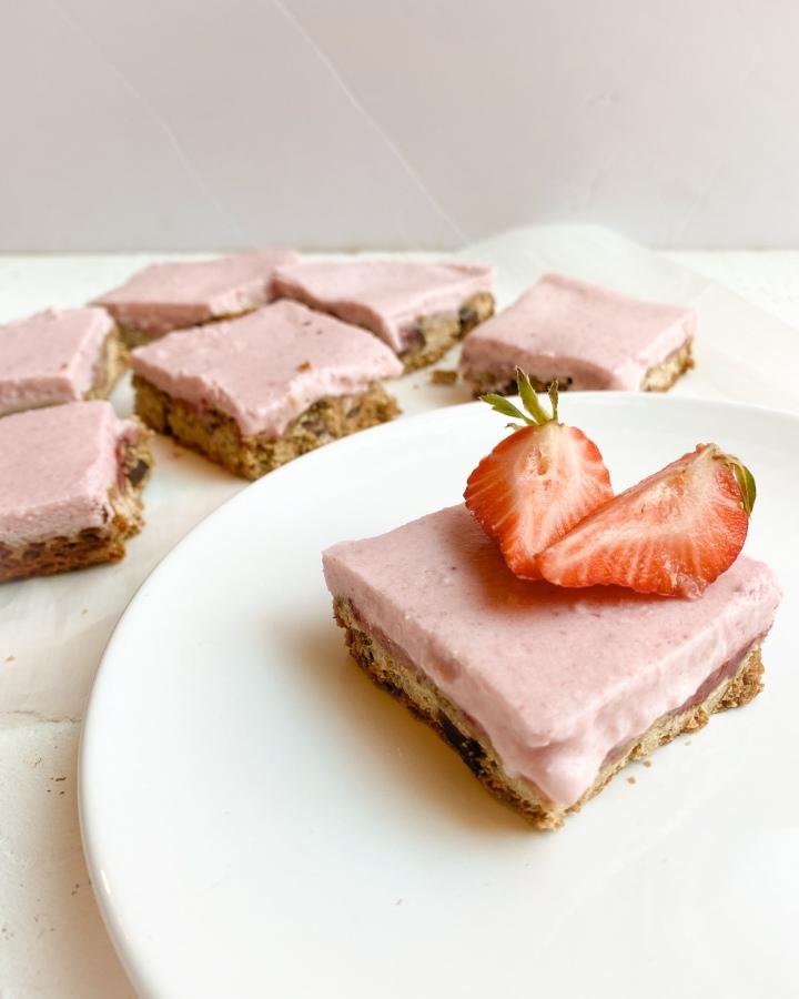 Strawberry Blondie Ice CreamBars