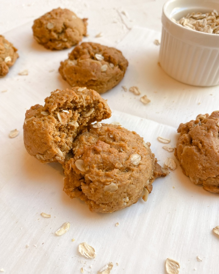 Molasses Oatmeal Cookies